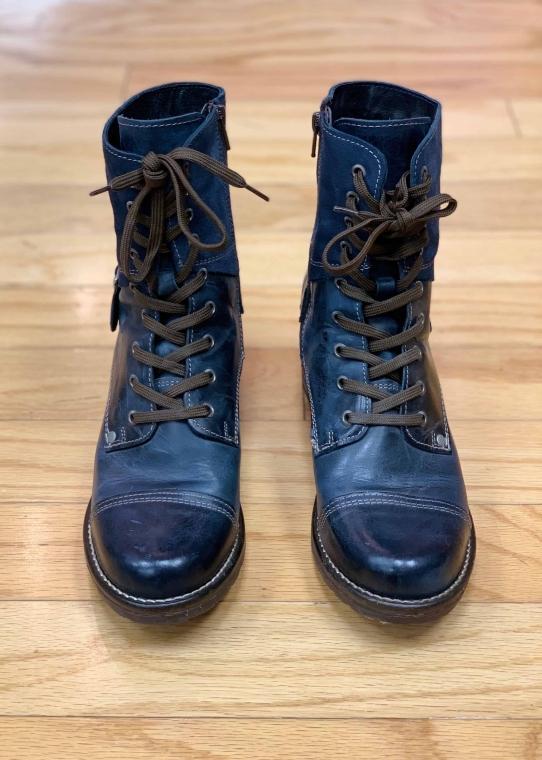 $55 Sz 8.5 Frye Boot Navy