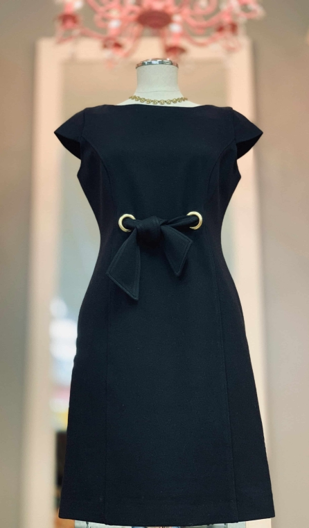 "$29 size 4 ""Just Taylor"" black dress"