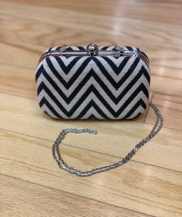 $20 gray textured clutch