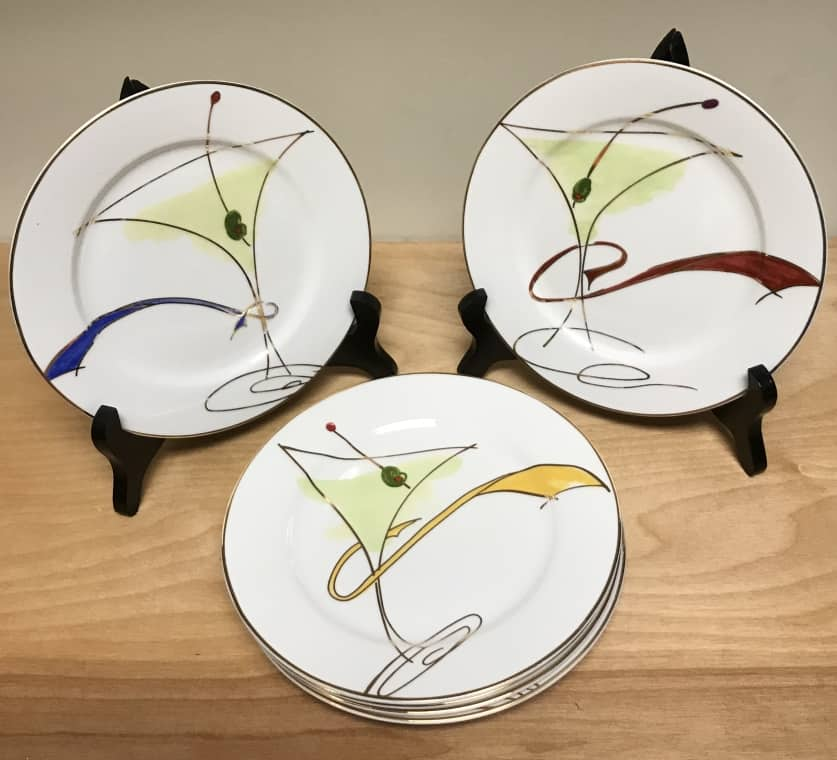 Set of 6 Pier 1 appetizer plates - 2 of each color - $18 for the set