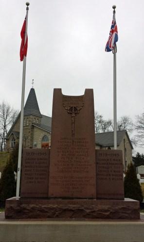 Rockwood cenotaph in front of St John's Church