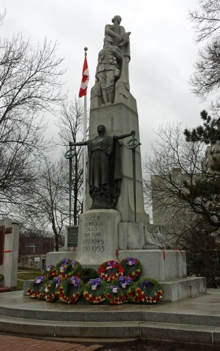 Guelph war memorial designed by Alfred Howell