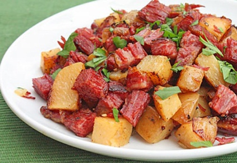 Fast and Easy Corned Beef Pinoy Style Recipe by Shalina ...