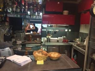 le petit bistrot kitchen