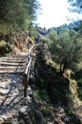 Samaria gorge path