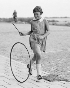 girl-with-a-hoop