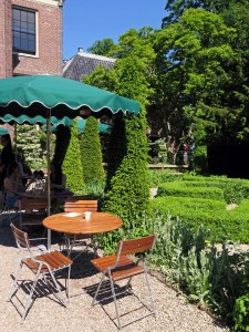 Slow Food lunch at Restaurant Merkelbach in Park Frankendael, huize Frankendael, east of Amsterdam, terrace in garden