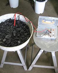 竹炭敷込通電試験