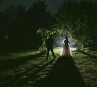 Hochzeitsfotos bei Dunkelheit