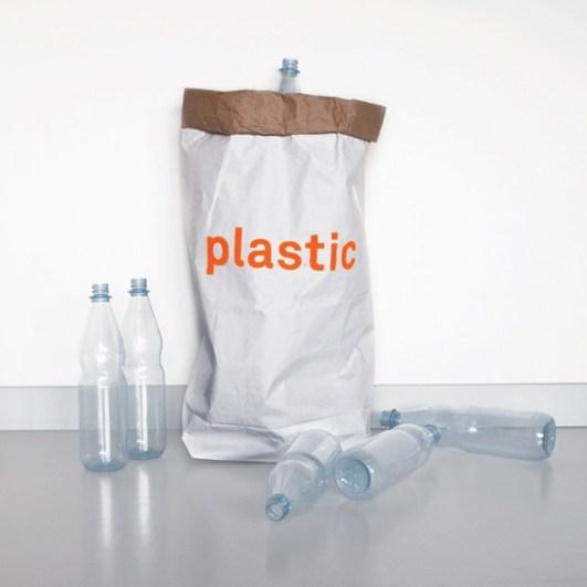 4plastic-toys-papiersack_lolor