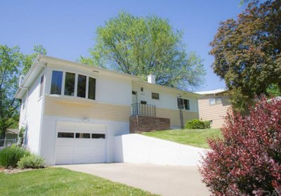 2517 S. Van Eps Ave. Sioux Falls, SD 57105