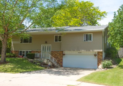 4305 S Briarwood Ave, Sioux Falls, South Dakota 57103