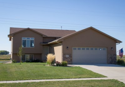 8609 W. Stoney Creek St. Sioux Falls, SD 57106