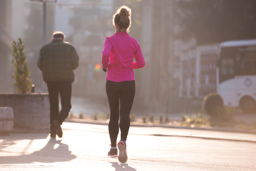 5 Tips to Stay Safe While Jogging