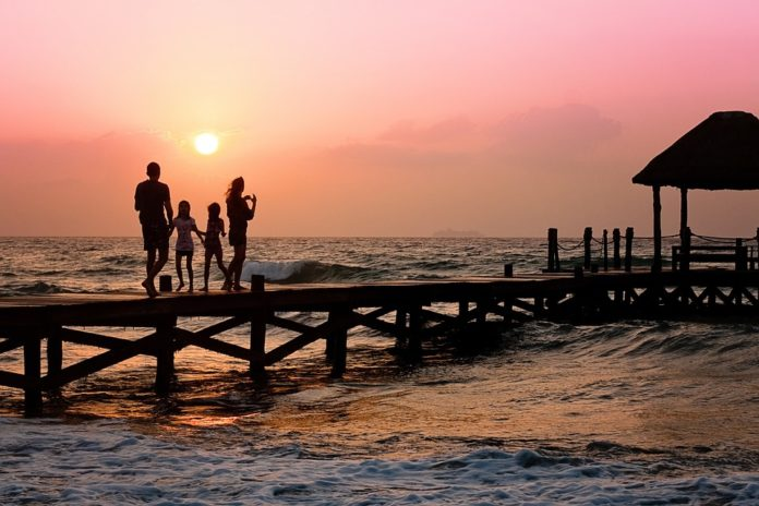 4 Surefire Ways To Stay Healthy During A Family Vacation