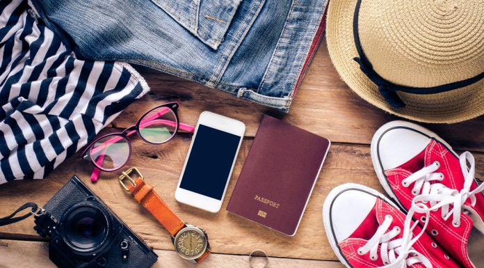 5 International Travel Tips to Save Money & Stay Safe