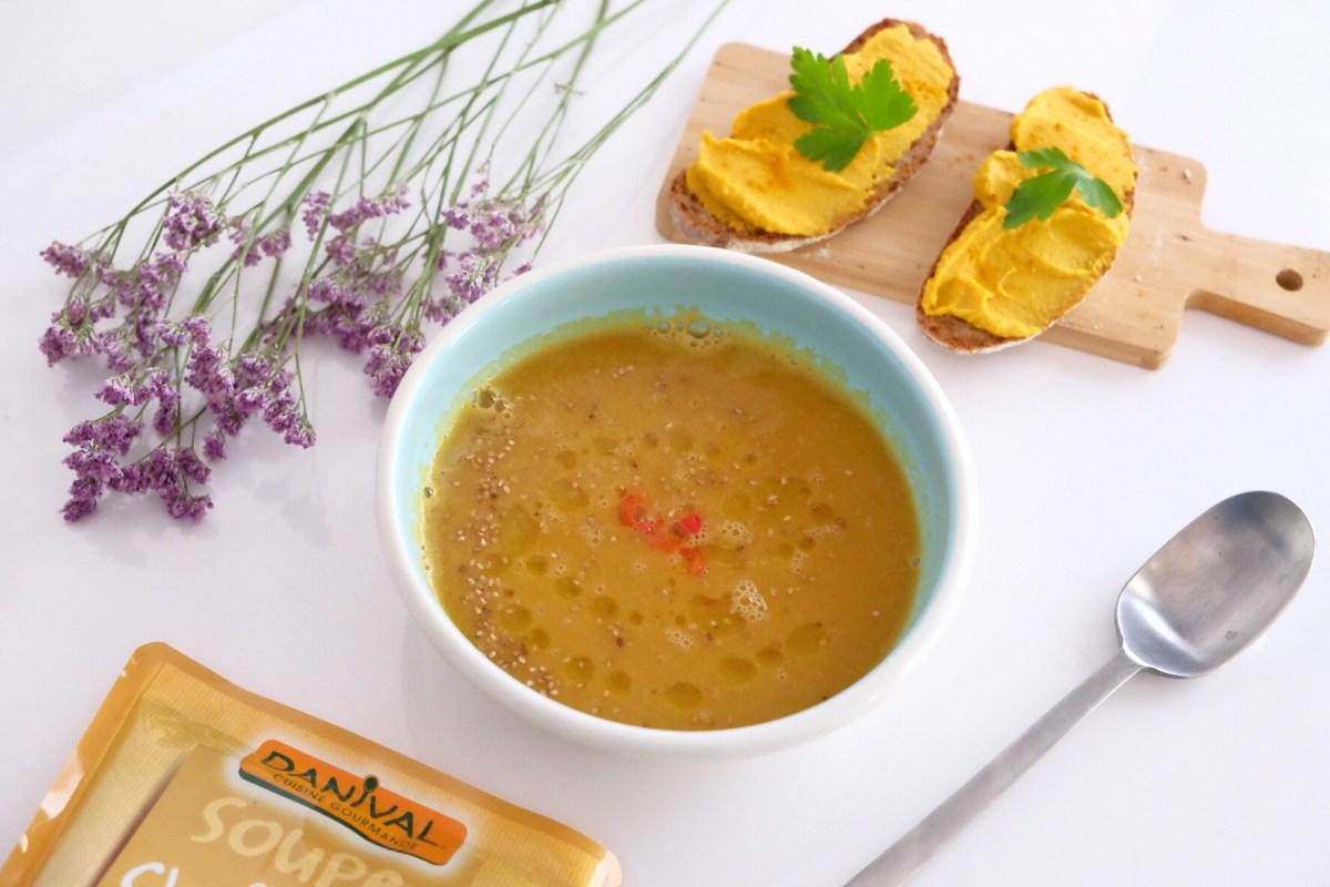 Hummus de garbanzos y zanahorias
