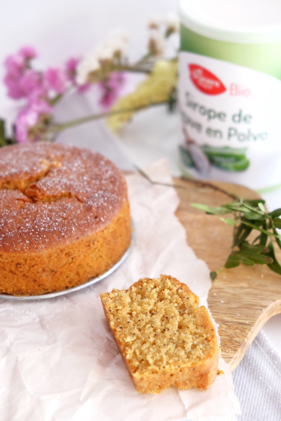 GLUTEN-FREE LEMON CAKE WITH POPPY SEEDS