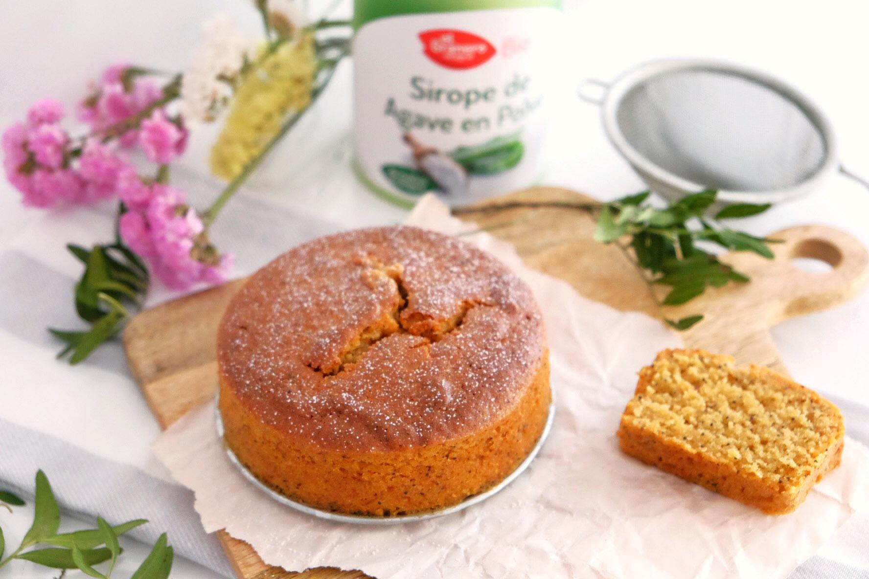 Gluten-free lemon cake with poppy seeds