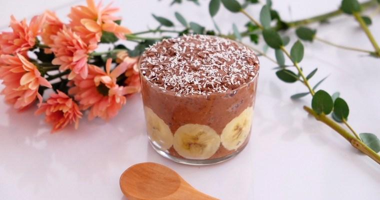 Pudding de chia con chocolate y plátano