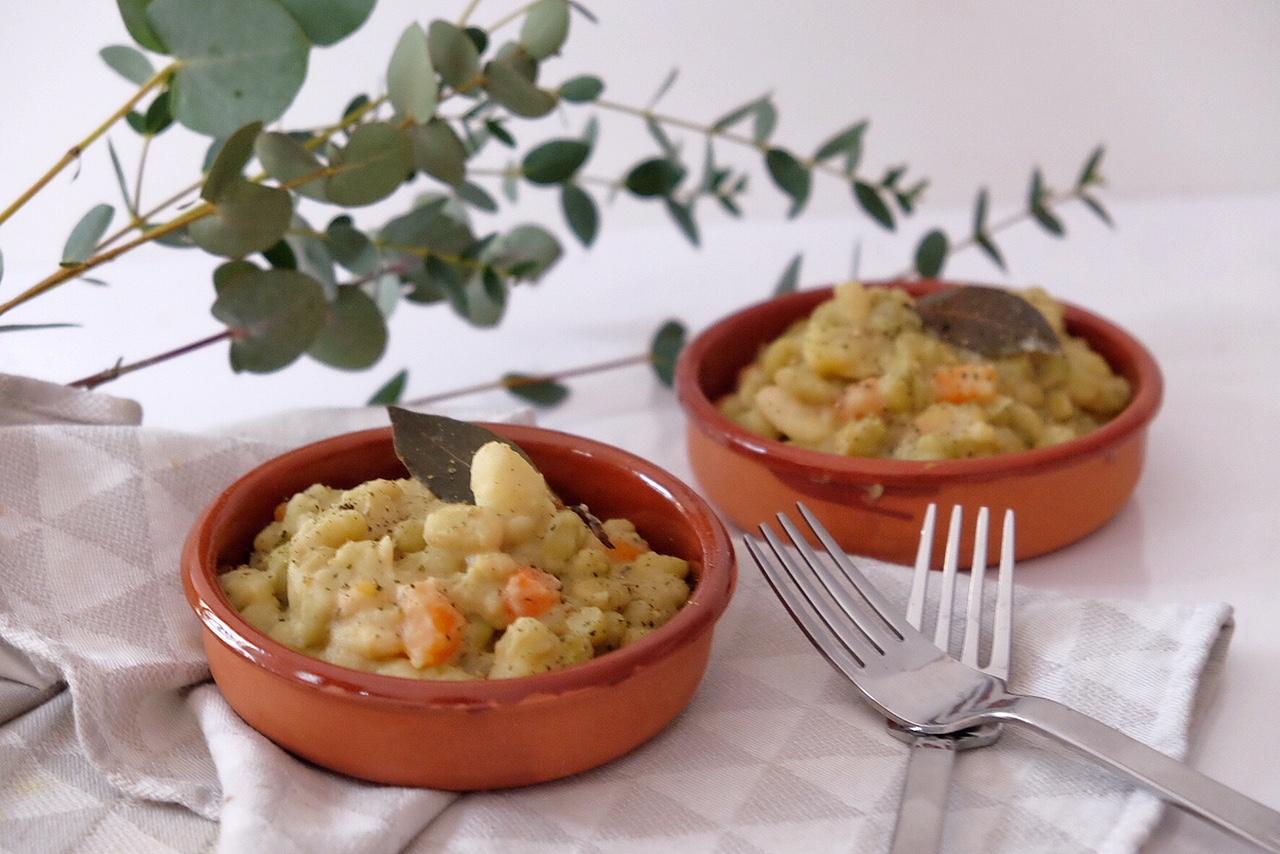 Ragoût végétarien aux pommes de terre, carottes et flageolets verts