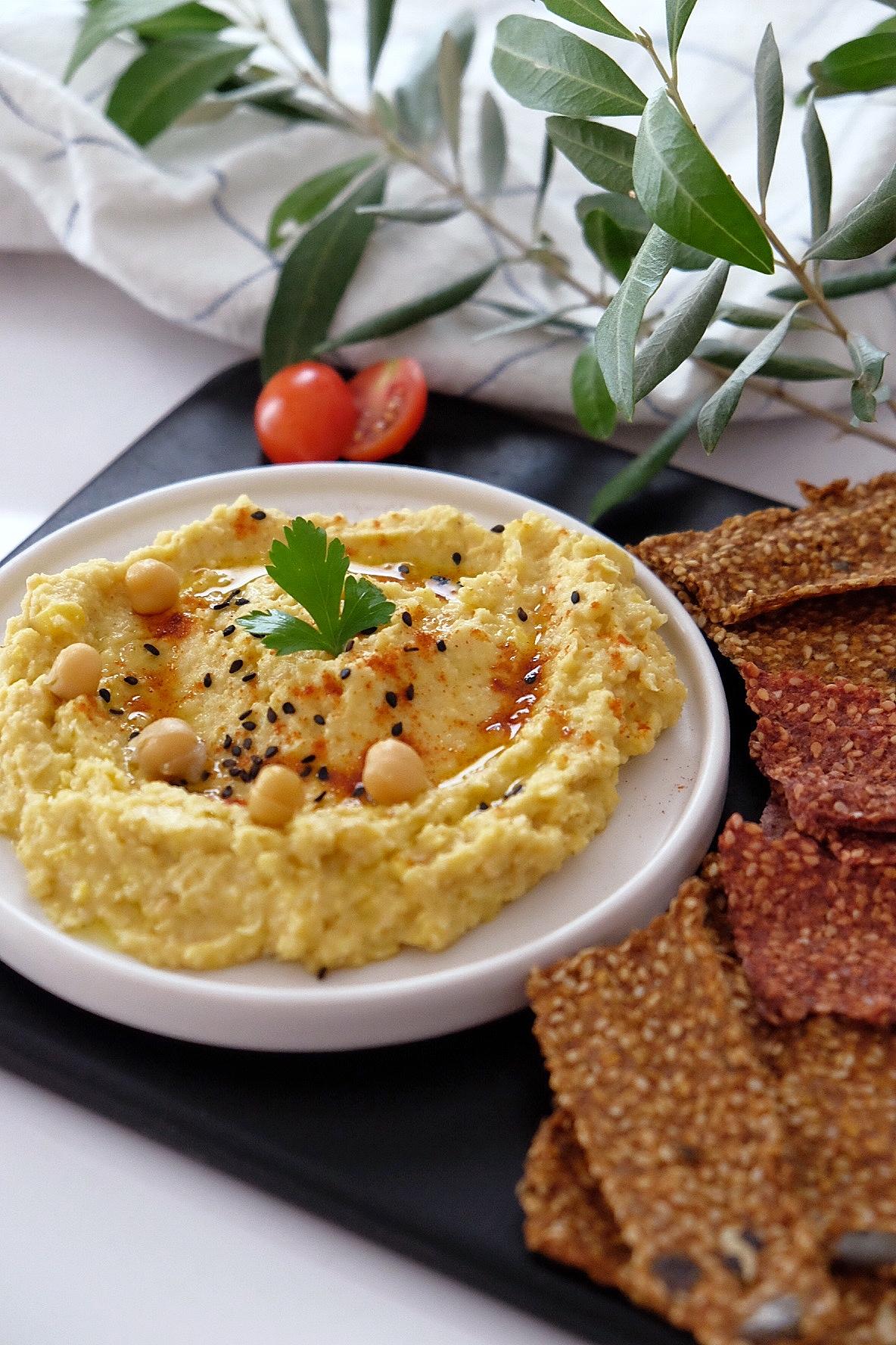 Hummus de garbanzos y maíz