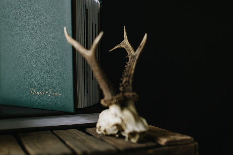 green antlers photography sample wedding albums