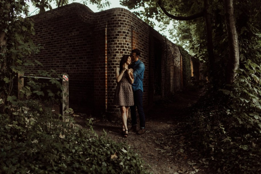 London engagement session at Pergola and Hill Gardens in Hampstead