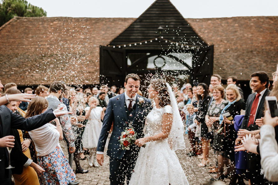 barn wedding alternative confetti ideas