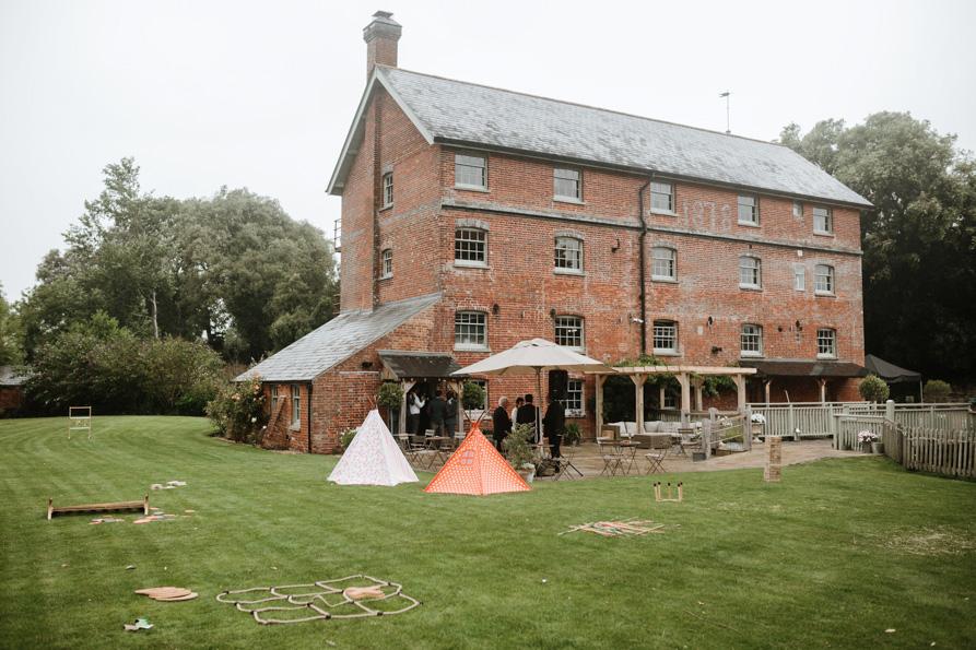 Sopley Mill Barn wedding Venues