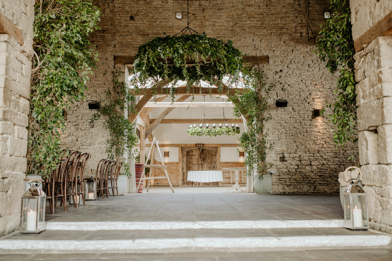 Cripps Barn Wedding Venue Cotswolds wedding photographer