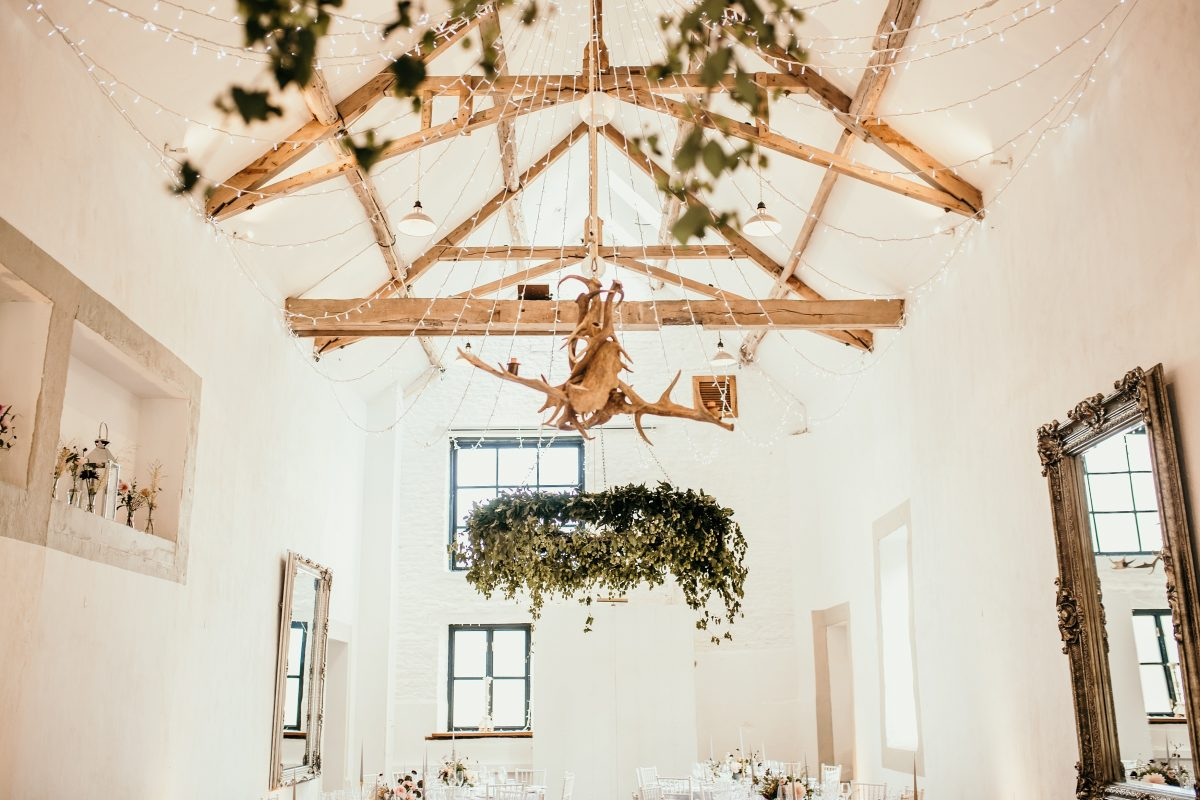 inside Merriscourt Barn Cotswolds wedding venue