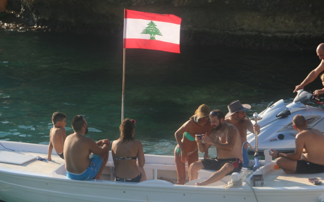 انقذوا كفرعبيدا … محاولة لاستعادة الشاطئ الاجمل على الساحل اللبناني