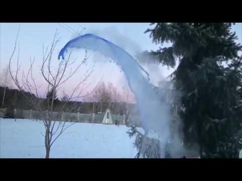 برودة الطقس تحوّل الماء المغلي إلى أشكال رائعة في روسيا