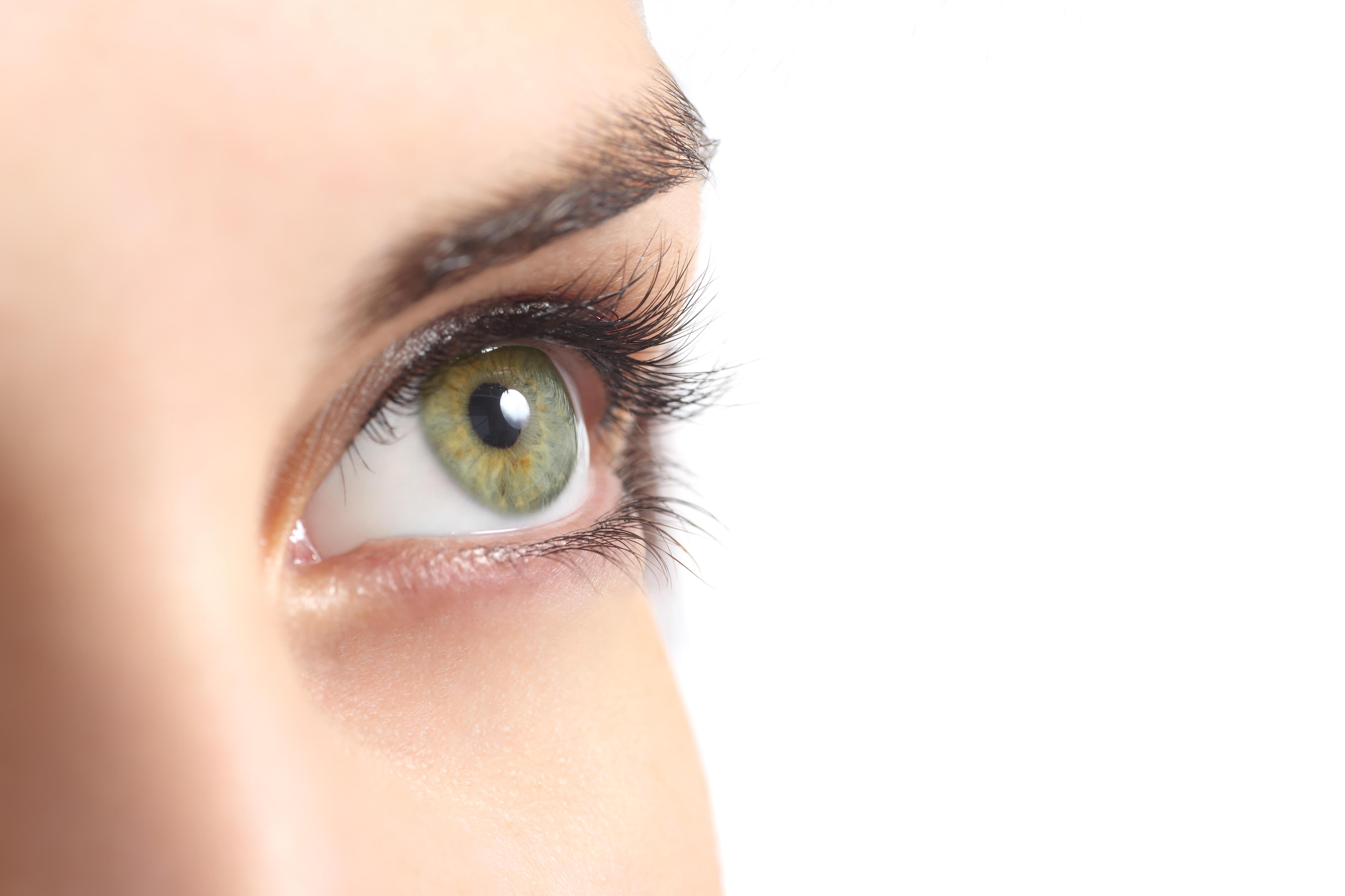 متى تصبح رجفة العين خطراً على الصحة؟