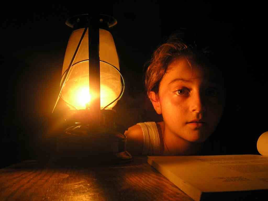 أزمة الكهرباء في لبنان وسوء السياسات لمواجهتها