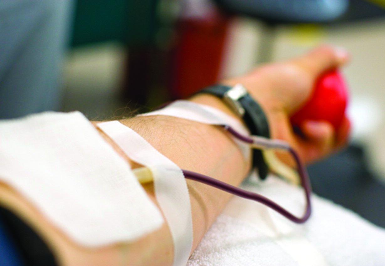 نقطة دم .. تحيي الإنسان!