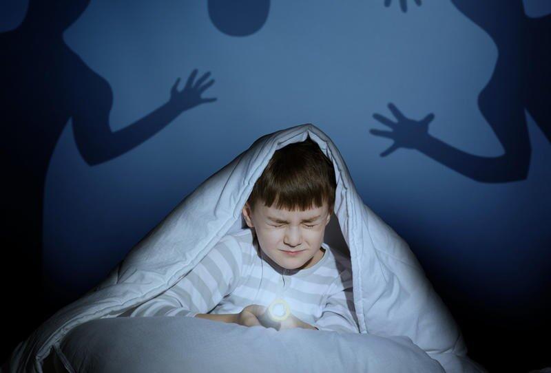 الخوف عند الأطفال.. أسبابه وطرق علاجه