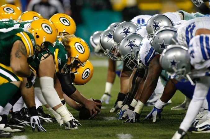 Dallas Cowboys v Green Bay Packers