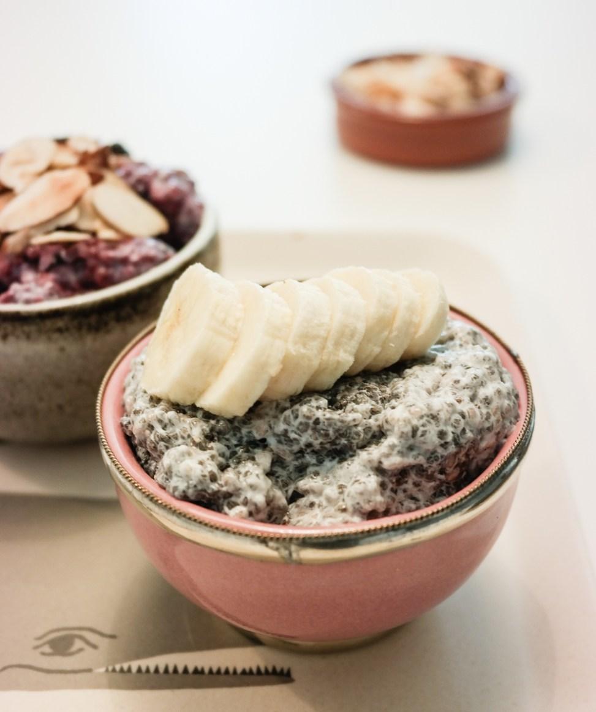 Har du testet ut chiapudding? Her er en enkel variant med soyamelk og vanilje!