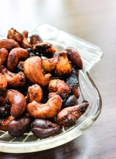 Its snacktime! Så enkelt, men akk, så godt - curry cashews!
