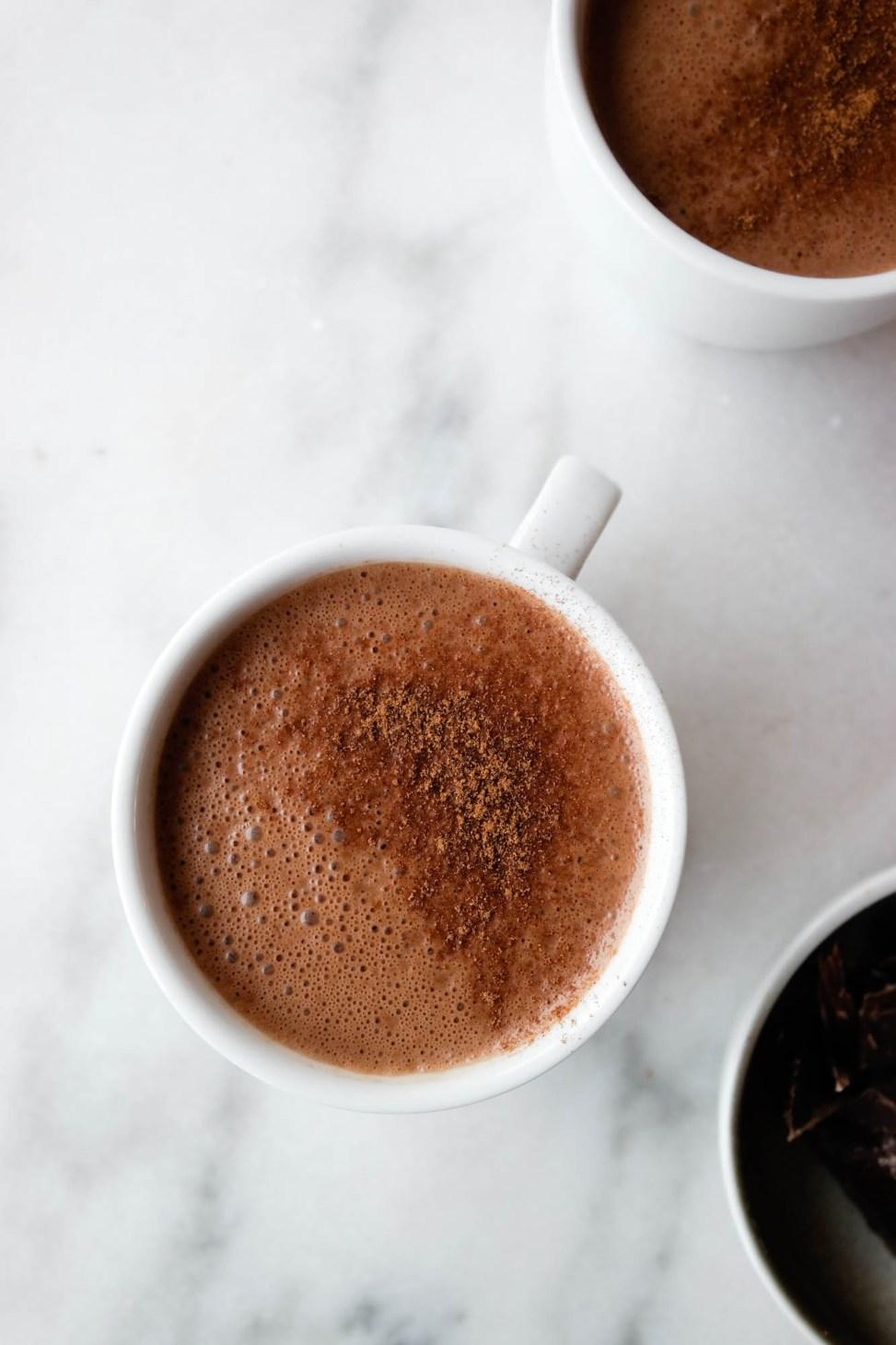 Ordentlig, indulging, luksusvarianten av kakao, rett og slett. Varm sjokolade i mitt hjerte!