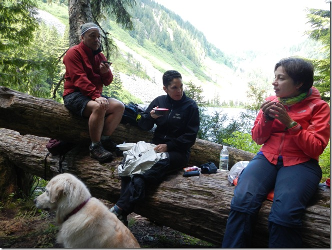 Talapus Lake Hike with Robin and Eric 018
