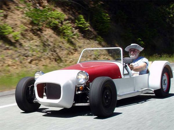 100 MPG Lotus Seven replica