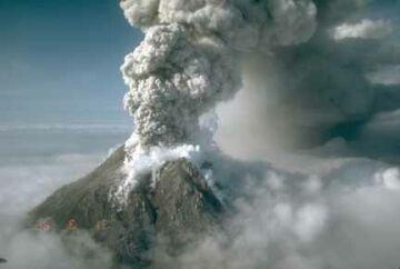 augustine volcano4