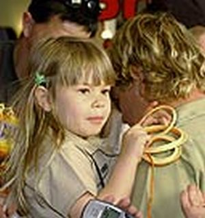 bindi with her father steve irwin 9