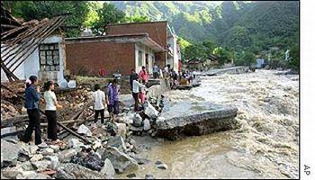 china facing floods and landslides