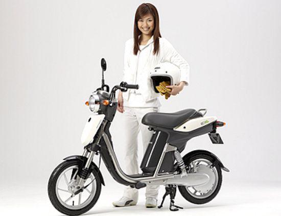 ec 03 zero emission electric scooter 1