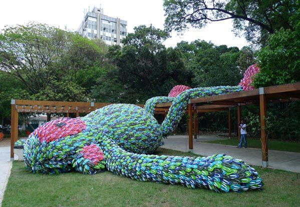 Flip-flop Monkey by art students in São Paulo, Brazil
