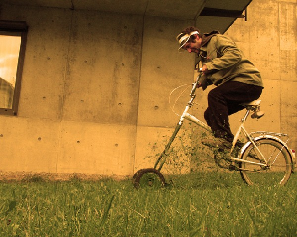 florian hauswirth bicycle lawnmower 1
